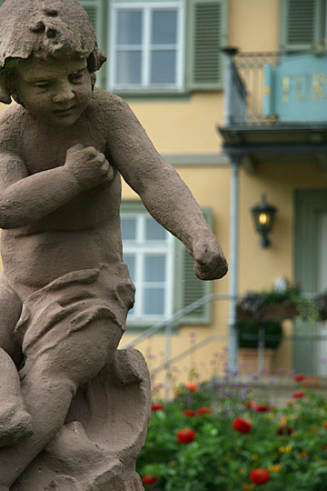 Putto and Balcony