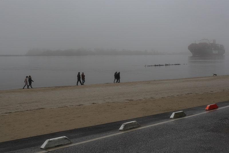 Along the Elbe